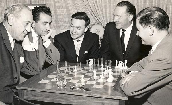 Panno con Petrosian y Keres entre otros